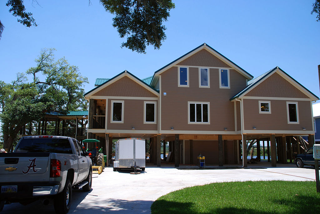 FEMA_-_37549_-_A_new_home,_elevated_in_Mississippi